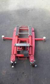 Motorcycle hydraulic jack