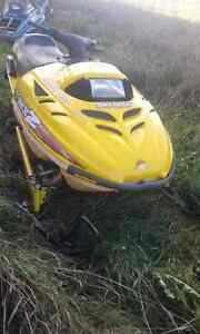 1998 ski doo 500 *NO PAPERS BUT CLEAN VIN*
