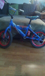 "14"" boys spiderman bike"