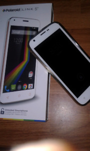 """UNLOCKED white Polaroid Android 5""""phone excellent condition."""