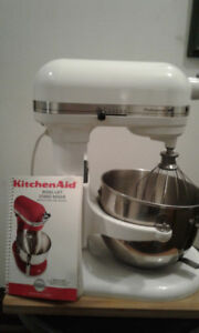 2 for 1, KITCHEN-AID BOWL-LIFT STAND MIXER + FOOD PROCESSOR