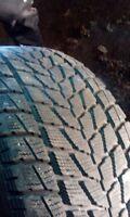 4 pneu hiver 275/65/r18 en tres bonne condition