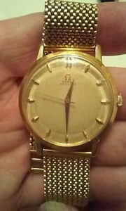 Mans Vintage Omega 18K Watch.in excellent condition.