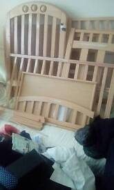changing table + moses basket