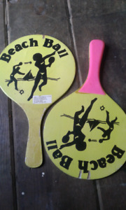 Beach ball paddles