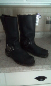 Riding boots zippered backs....( Milwaukee )