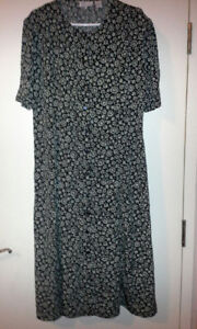 New XL Long Black Dress