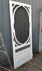 Cottage style screen door gone ppu