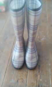 Worn Twice Burberry Rain Boots (bought at Nordstrom)