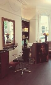 Hairdressing/Barber chair to rent or nail technician table