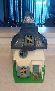 Very rare vintage weebles haunted house with box!!!