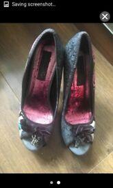 Ladies iron fist heels size 5