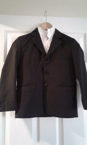 3 pieces boy black suit for 6-8 yrs old