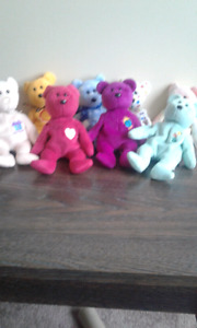 Selling 12 ty beanie bears for $15