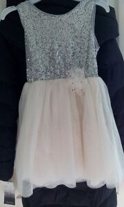 Girls party dress size 5/6