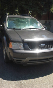 Ford freestyle 2007  1500$ non negociable seulement