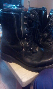 Motorcycle boots size 9.5