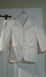 3 pieces boy Tuxedo (white) for 5-7 years old