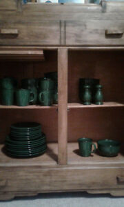 "Complete Dinner set of 34 ""Whole Home"" stoneware Hunter Green"