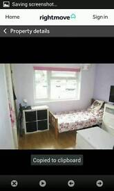 NEWLY DECORATED HOUSE IN BANBURY HAS DOUBLE AND SINGLE ROOMS