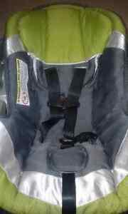 Baby tend car seat  Peterborough Peterborough Area image 3