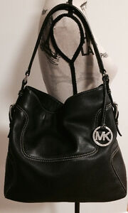 Michael Kors Handbag / Sac à main Michael Kors