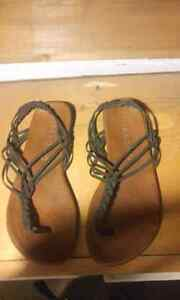 Women's billabong sandals