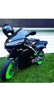 Kawasaki zzr600 (zx6r) 2007 (24k km)
