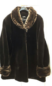 """ELEGANT FAUX FUR COAT 3/4 LENGTH!!! SIZE XL FROM """"CLEO""""....HAND"""
