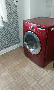 Front load washer dryer LG for 600$
