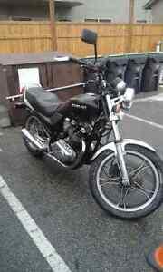 Suzuki GR650 Motorcycle