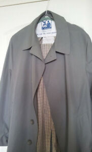 London Fog Trench Coat Gray Vintage size 44