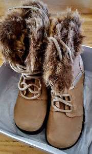 Lady Fur Boots size 6 $ 20