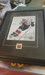 Jerome iginla 8x10 matted and framed game used patch  03\50