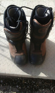 Male snowboarding boots