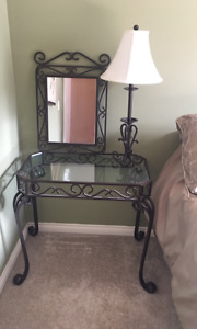 3 piece set- table, lamp and mirror
