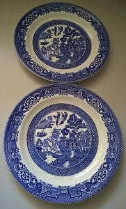 """Blue Willow Wood & Sons Woods Ware 8"""" Luncheon/ Salad Plates"""