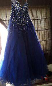 Grad dress . Size 16