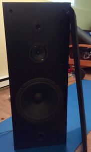 2 KENWOOD SPEAKERS