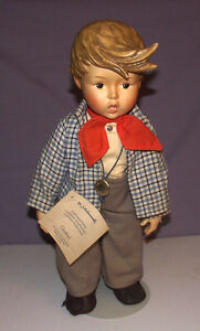 VINTAGE HUMMEL GOEBEL GERMANY PORCELAIN DOLL 1983  .