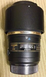 TAMRON 90mm f2.8 MACRO. FOR NIKON. MINT CONDITION.