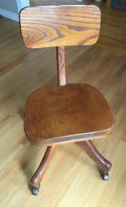 Solid Oat Desk Chair,Swivels and rolls easily,great for office..