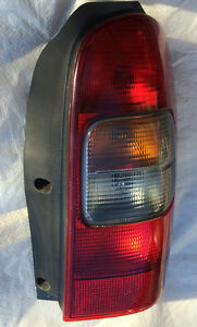 RIGHT Passenger Rear Tail Lite Lamp Chevrolet VENTURE van London Ontario image 3