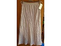 Bella Donna crinkle skirt BNWT size 16-22 PRICE NEGOTIABLE