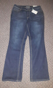 Size 16 New boot cut jeans. Maurice brand