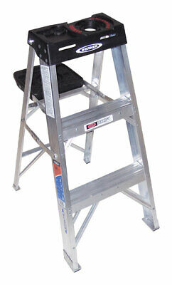 Werner 3 Ft. H X 17.75 In. W Aluminum Step Ladder Type Ia 300 Lb. Capacity