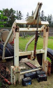 Pallet Tine and Bale Handling Grapple Fork