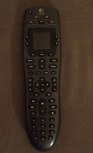 Logitech Harmony 700 Rechargeable Universal Remote