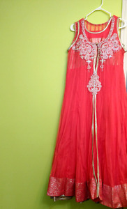 Long maxy dress for party or wedding.
