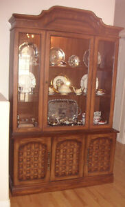CHINA CABINET & HUTCH - DARK OAK - MINT CONDITION MUST SELL